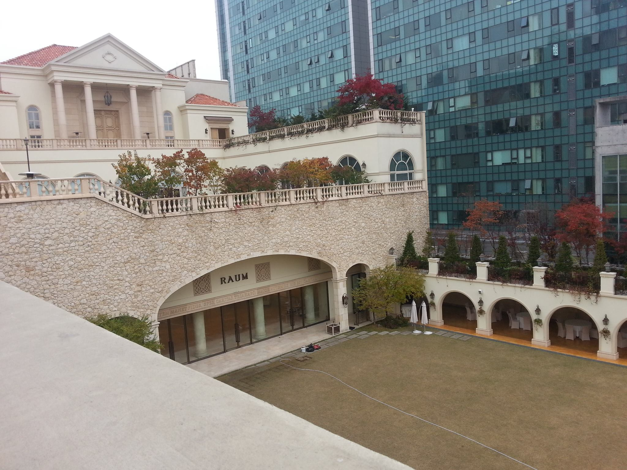 ドラマの撮影によく使われる結婚式場「Raum」