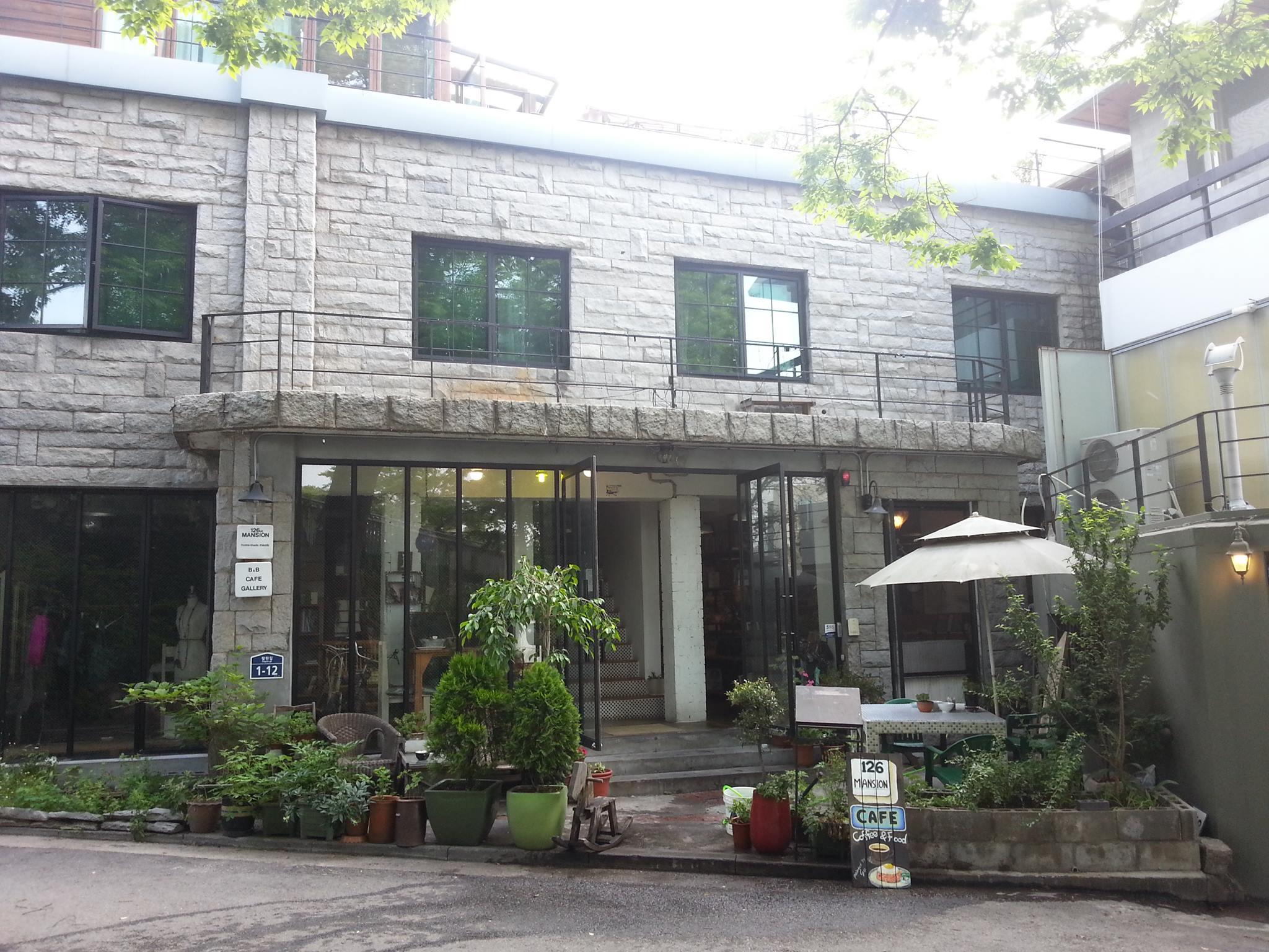 126マンション&カフェ