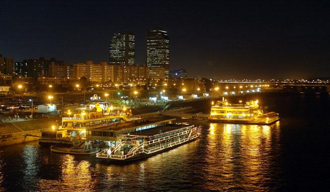 韓国,ソウル,観光,漢江,遊覧船,画像
